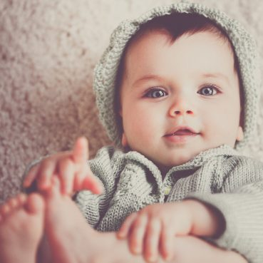 plantar grasp cute baby